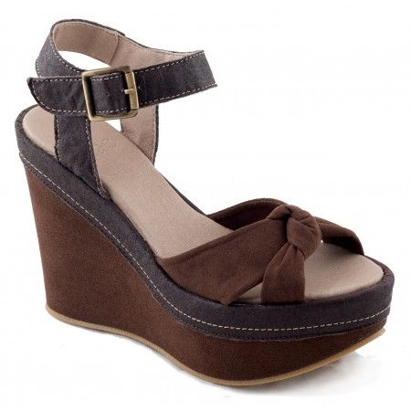 Sara Piñatex Woman vegan ankle strap wegdge sandal
