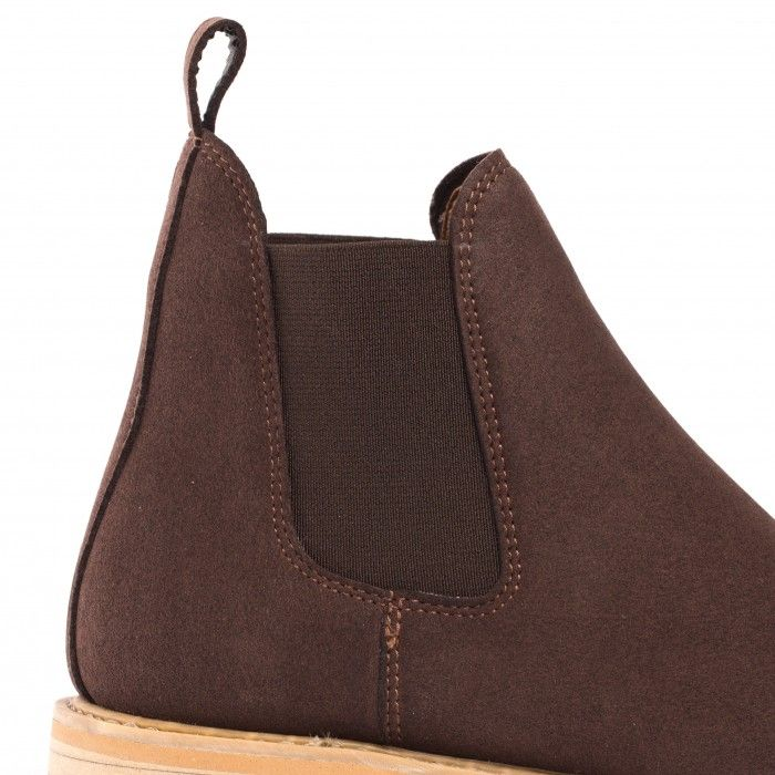 dame chelsea boots