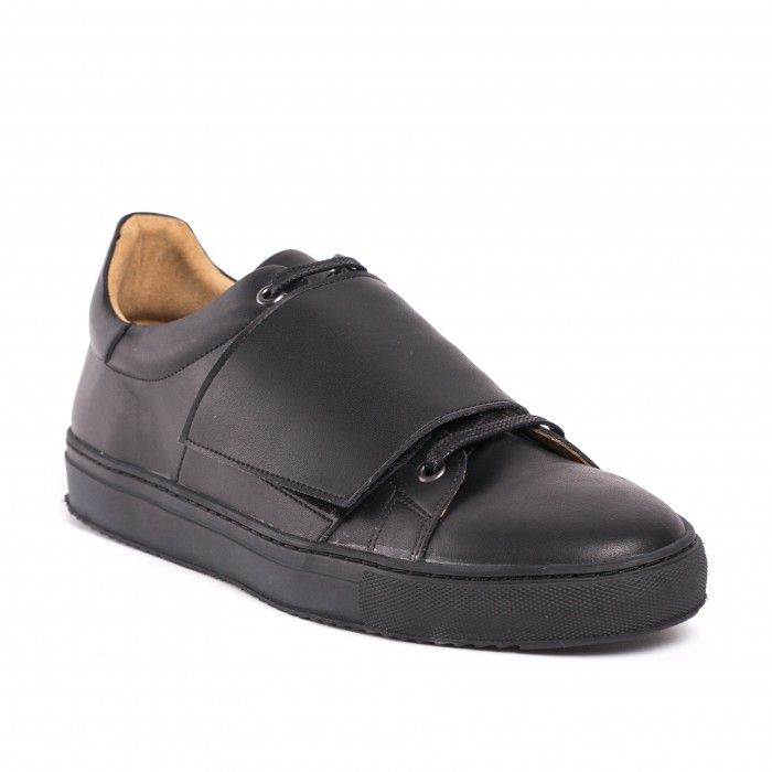 Man vegan monk strap sneaker