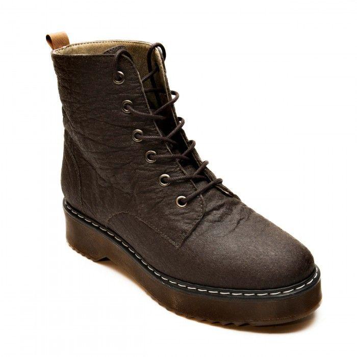 woman vegan boots