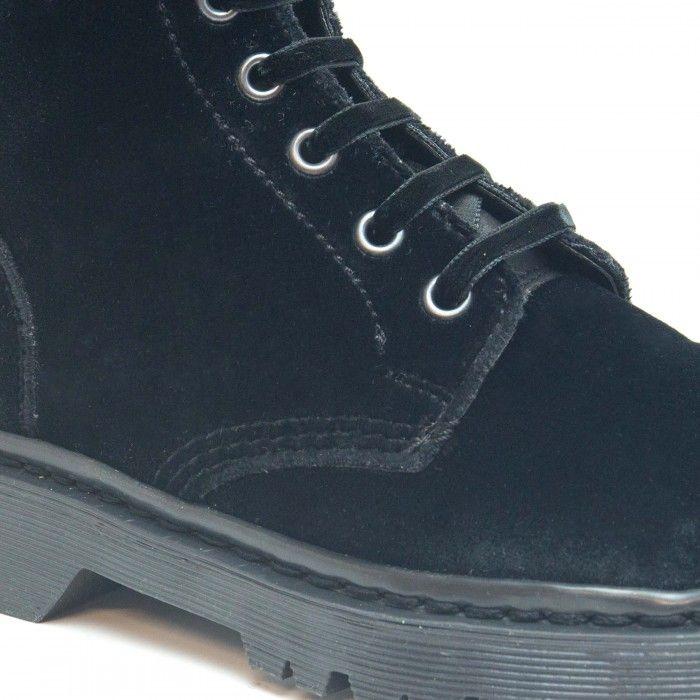 Velvet Black bota veludo preto cano medio atacadores senhora