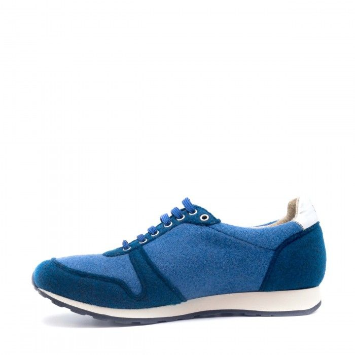 Re bottle Blue vegan sneakers man woman laces elastic recycled plastic bottles