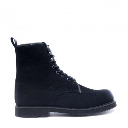 Andre Black man vegan short boots laces