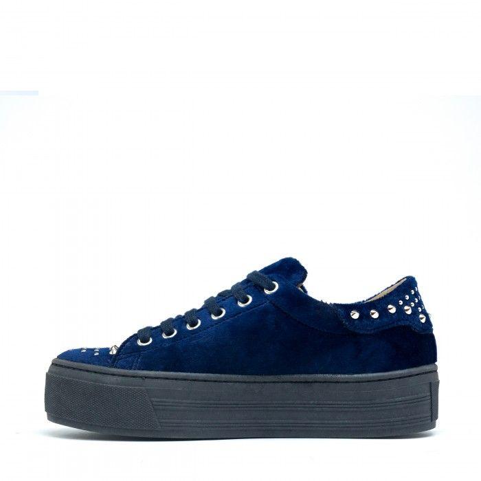Wika Blue woman vegan sneakers velvet blue