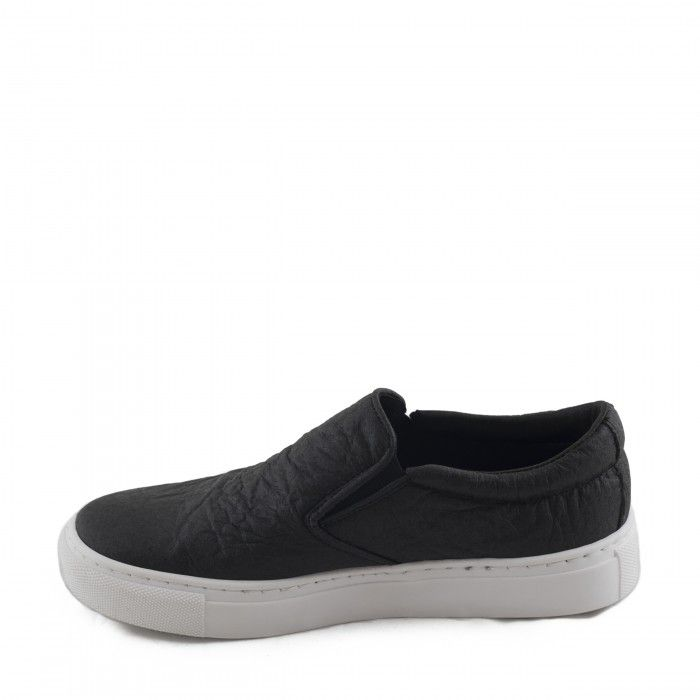 Bare Black Piñatex Sapato Vegan