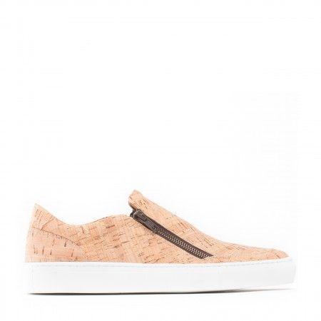 Man vegan shoes cork