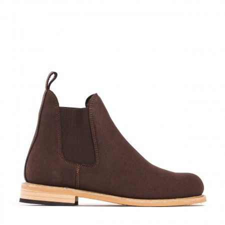 woman vegan chelsea boots