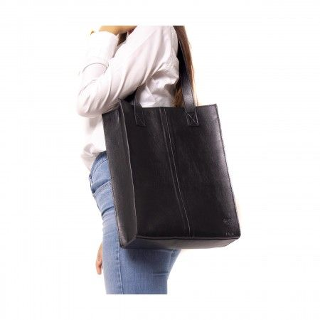 noemi black tote bag woman gold magnet vegan