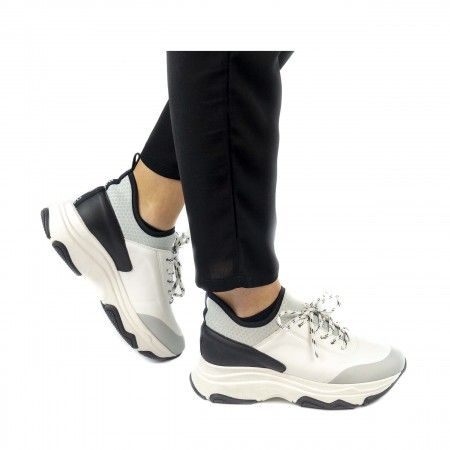 Edda white chunky sneakers women vegan