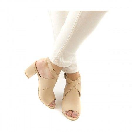 atik Nude zapato com puntera abierta