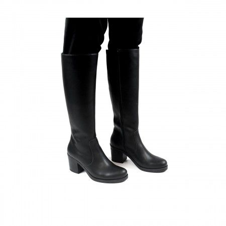 Andrea woman vegan knee high boot black
