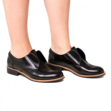 Clara Black Vegan Shoes