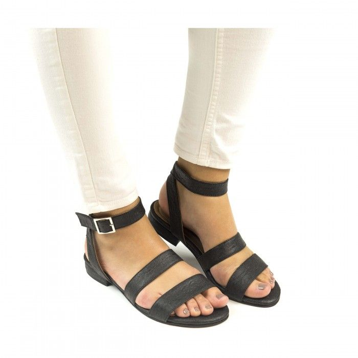 Gatria Black ankle strap sandal made with piñatex women vegan