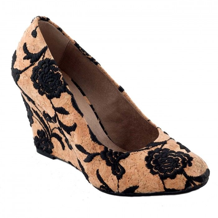 dalia wedge shoe made with cork women vegan