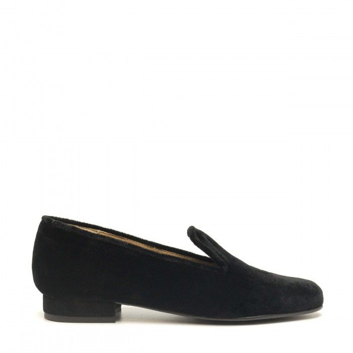 Kraz black loafer made with velvet women vegan