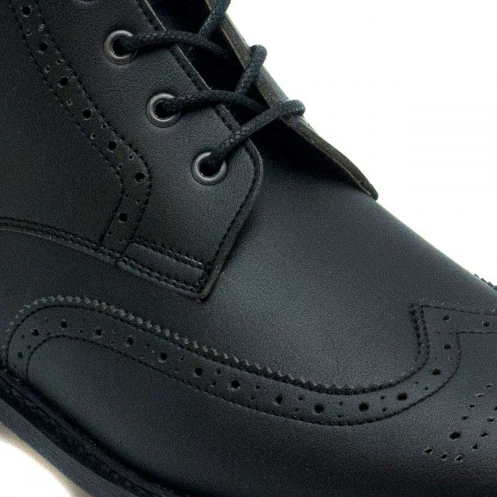Alex Black man vegan brogue wing tip toe boots