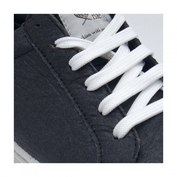 Basic Black Piñatex Vegan Sneakers