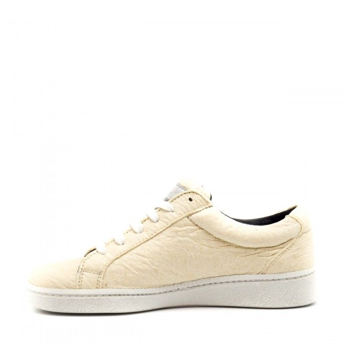 Basic White Piñatex vegan sneakers
