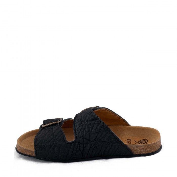 Darco Piñatex flat sandal