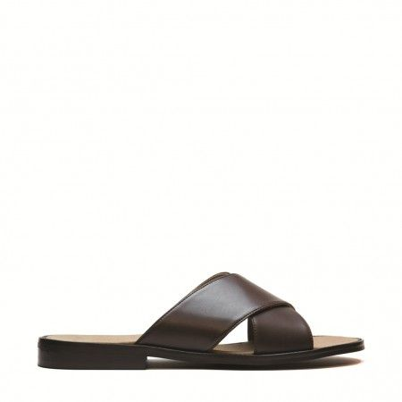 Marco brown flat sandal