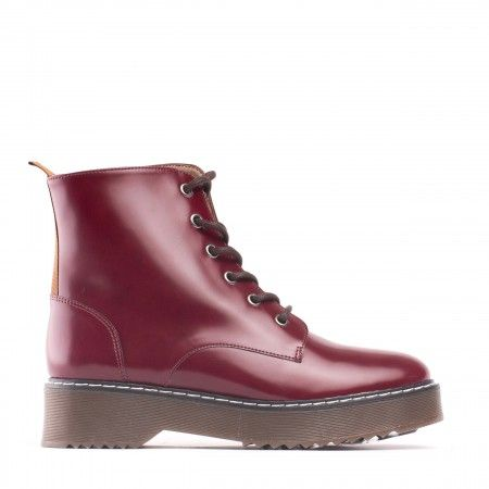 Trina Bordeaux Bota Vegan
