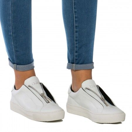 OnZip White Woman vegan sneaker zipper
