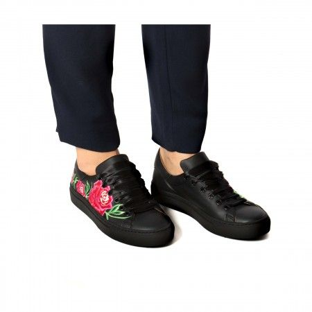 Rose Black Vegan Sneaker