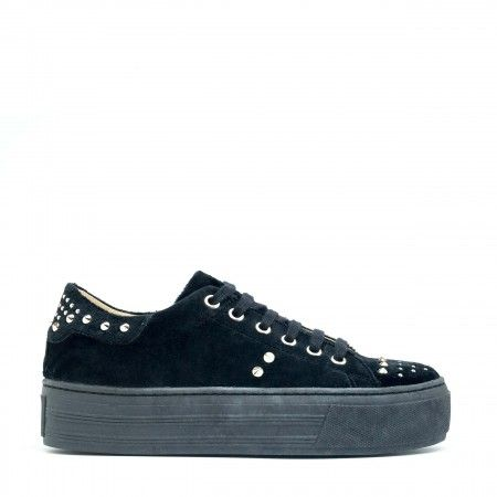 Wika Black Vegan Sneakers