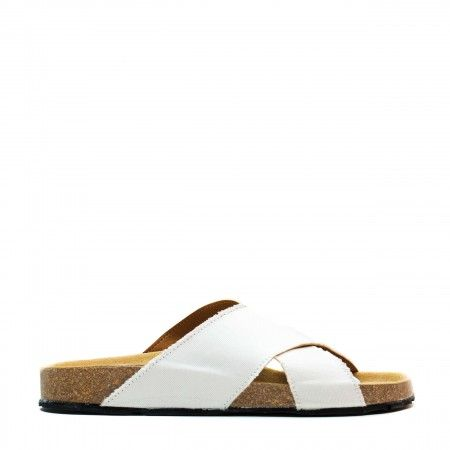 Re Car white flat sandal