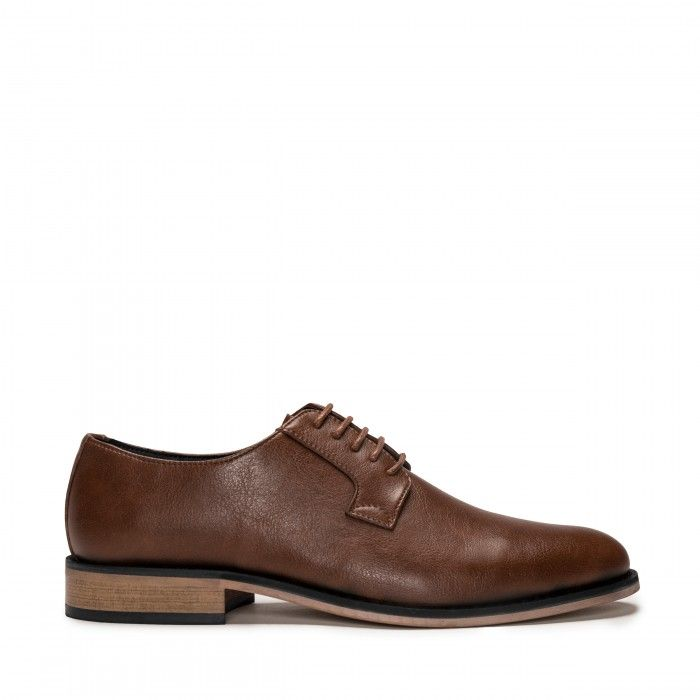 Jake black plain toe shoe