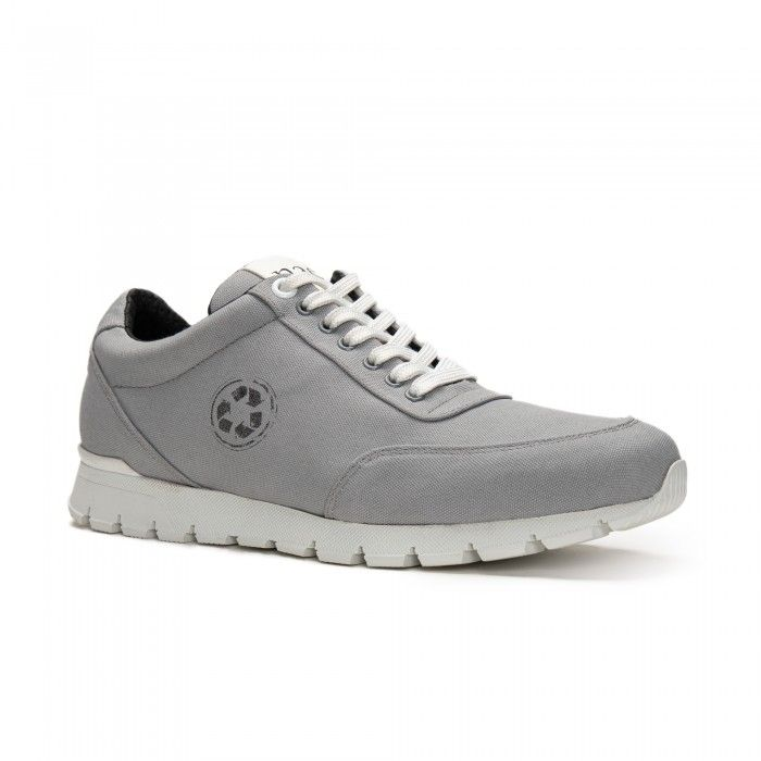 nilo grey trainers sneakers made with recycled plastic from the ocean
