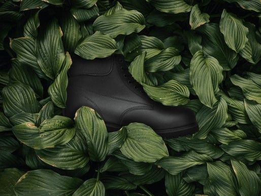 Wie ein veganer Schuh hergestellt wird