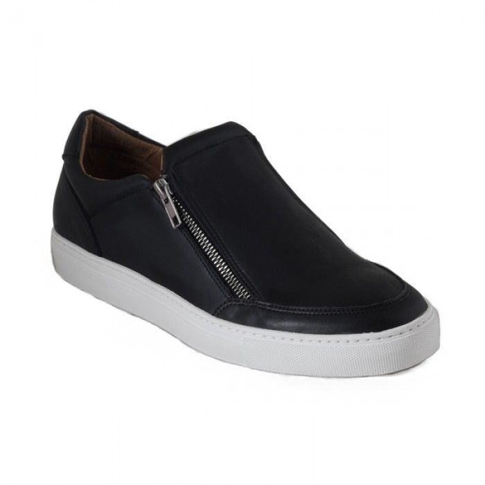 Efe Micro Black Vegan Sneakers