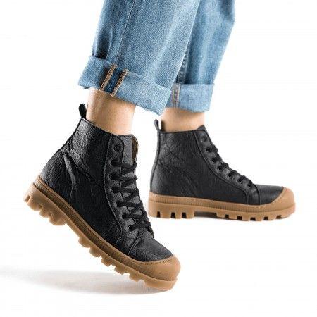 Noah Piñatex Black vegan sneaker boots