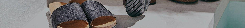 El Piñatex esta hecho de hojas de piña que son naturalmente procesadas para hacer este maravilloso tejido.