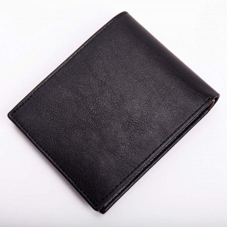 Moscow Black vegan wallet