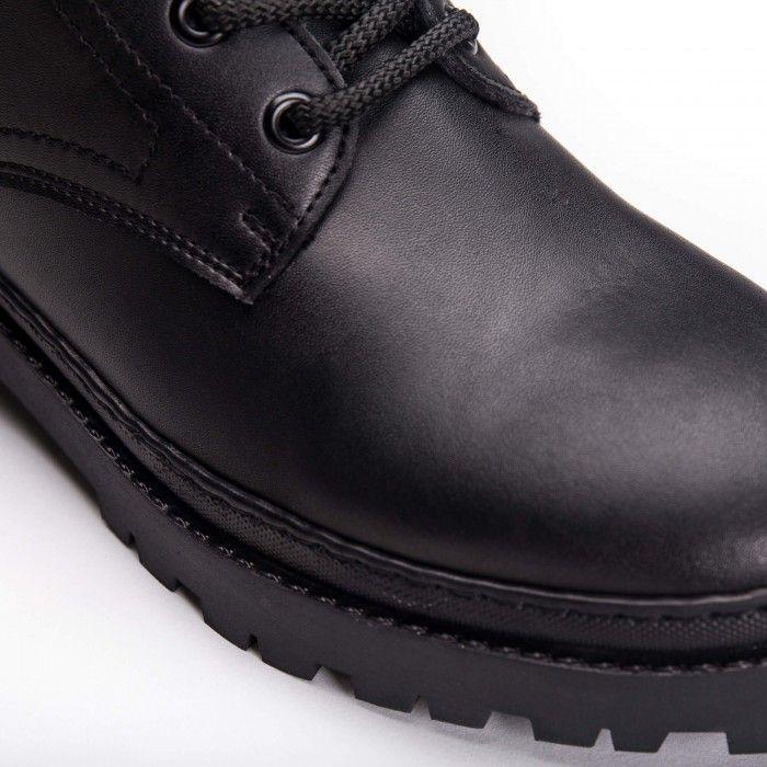 Kane Black vegan boots