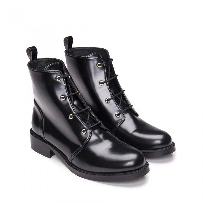Melany Black vegan boots